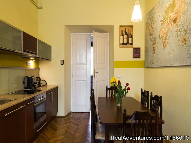 - KrakowRentals - Old Town Apartment