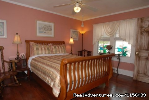 - Florida Getaway at Beach Drive Inn