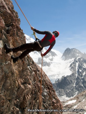 Introductory & Intermediate Climbing Courses - Get high on some alpine hikes in New Zealand