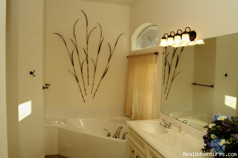 Master Bathroom - Lake and Golf Course Home Just North of Houston TX