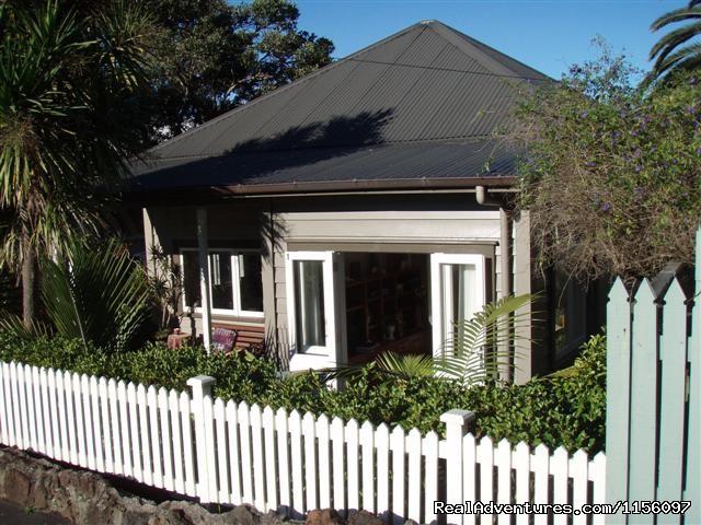 Auckland - Karins Garden Villa B&B/Homestay