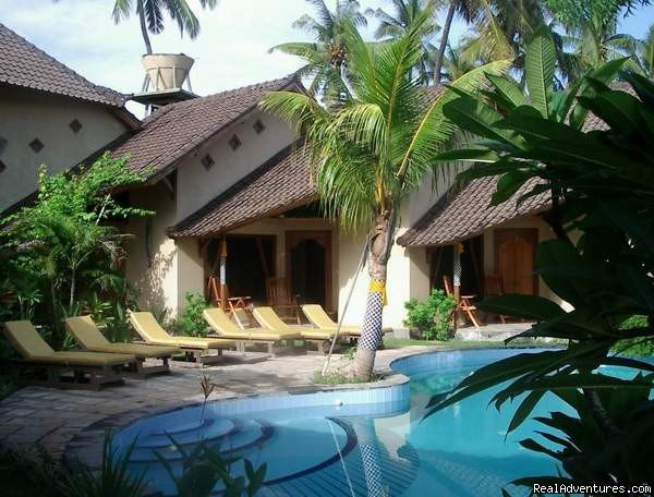 Hotel Uyah Amed or Salt Lodge is located in Amed, East Bali, an area well known for its natural beauty, fantastic dive sites and traditional Balinese lifestyle. 