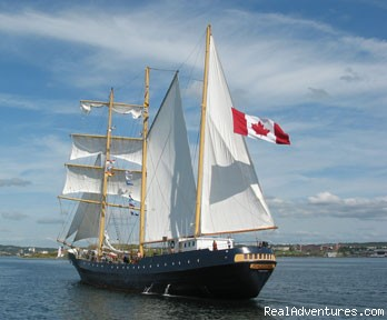 Caledonia under way - Canadian Sailing Expeditions