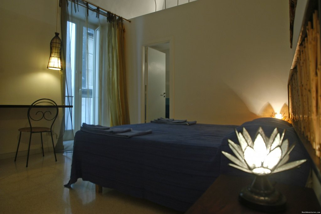 Papyrus room | Image #5/14 | B&B diLetto a Napoli, Naples, Italy