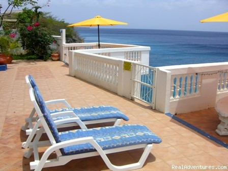 Selection of private accommodations on Curacao