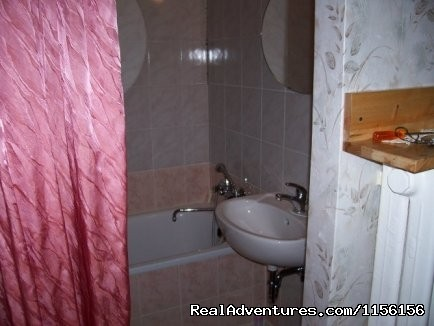 Bathroom - Private rooms/ separate nice apartment - Budapest