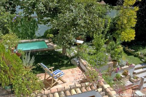 Jardín exterior con piscina (#4 of 8) - Luxury Holidays In Granada, Andalucia