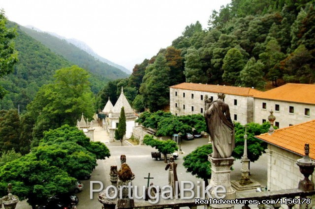 Image #9 of 26 - Portugal Bike: The Quiet Villages on the Mountains