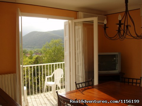 - Great House with Stunning View Close to Everythin