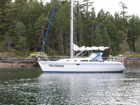 Bareboat yacht charters Pacific North West, Canada