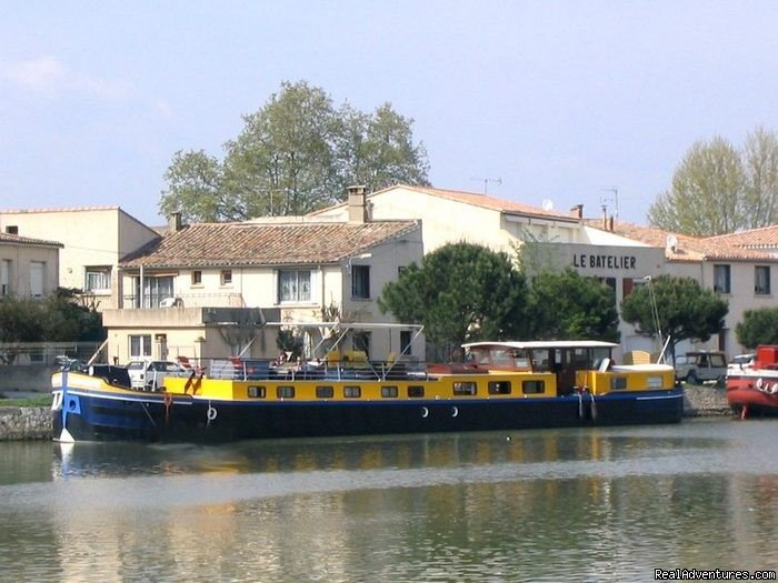 Image #1/8 | Provence, France | Cruises | Luxury canal barge cruise in Provence