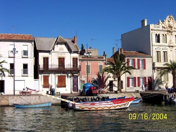 Image #2/8 | Luxury canal barge cruise in Provence