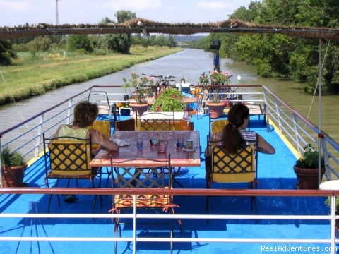 - Luxury canal barge cruise in Provence