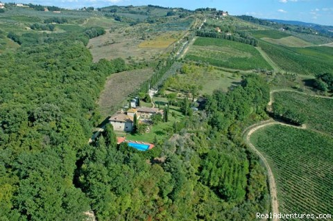 Image #20 of 20 - A farm house within the Tuscan rolling hills