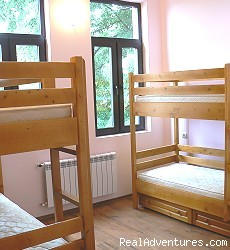 A beautiful 4 bed room (#2 of 3) - Hostel Plovdiv Guest