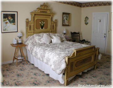 Virginia's Jewel Suite in the Manor House - Romace,Fun,Beach & Tax Free Shopping
