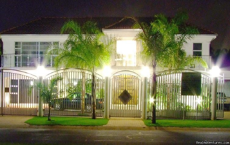 Cocomos' Front view | Image #4/8 | The ever romantic Cocomo guesthouse