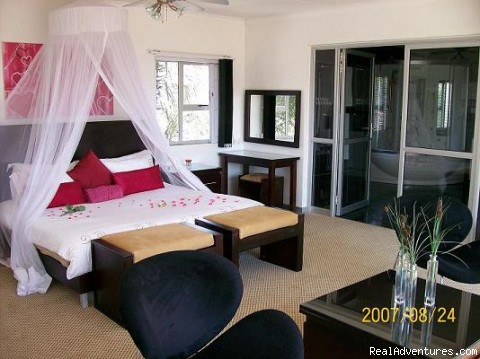 Bahamas honeymoon/ Presidentail suites - The ever romantic Cocomo guesthouse