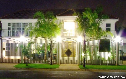 Cocomos' Front view - The ever romantic Cocomo guesthouse