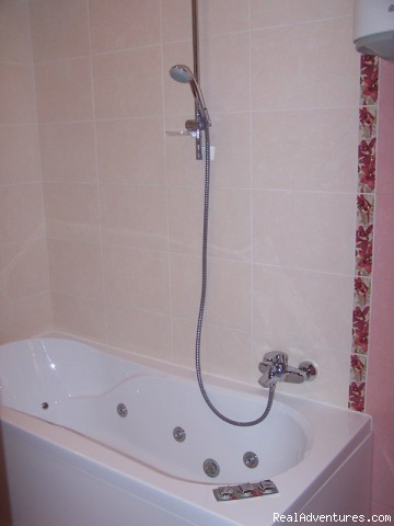 Jacuzzi bath - 2 Room LUX Apt with Jacuzzii n Minsk for Rent
