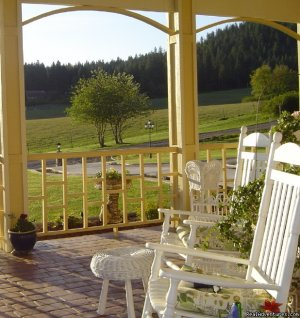 American Country Bed and Breakfast Coeur d'Alene, Idaho Bed & Breakfasts