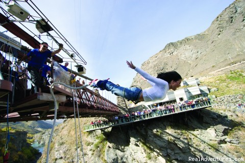 Kawarua Bridge Bungy, Queenstown (#2 of 7) - Haka Tours - New Zealand Adventure & Snow Tours