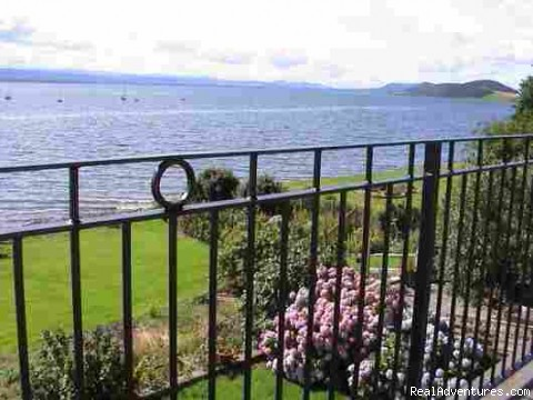 The garden & Moray Firth from the terrace outside the bedroo - 5 star Water's Edge Bed and Breakfast in Scotland