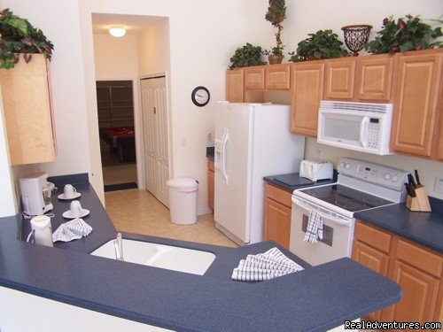 KITCHEN | Image #5/17 | Fantastic Family House To Rent Davenport Orlando