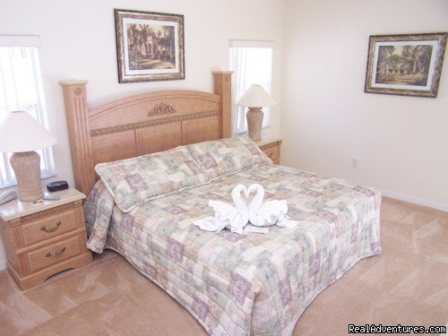 MASTER BEDROOM | Image #7/17 | Fantastic Family House To Rent Davenport Orlando