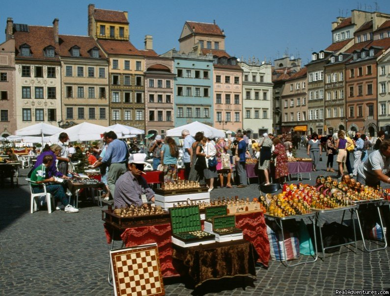 Warsaw Old Town | Image #5/10 | Unique cooking vacations in Poland.