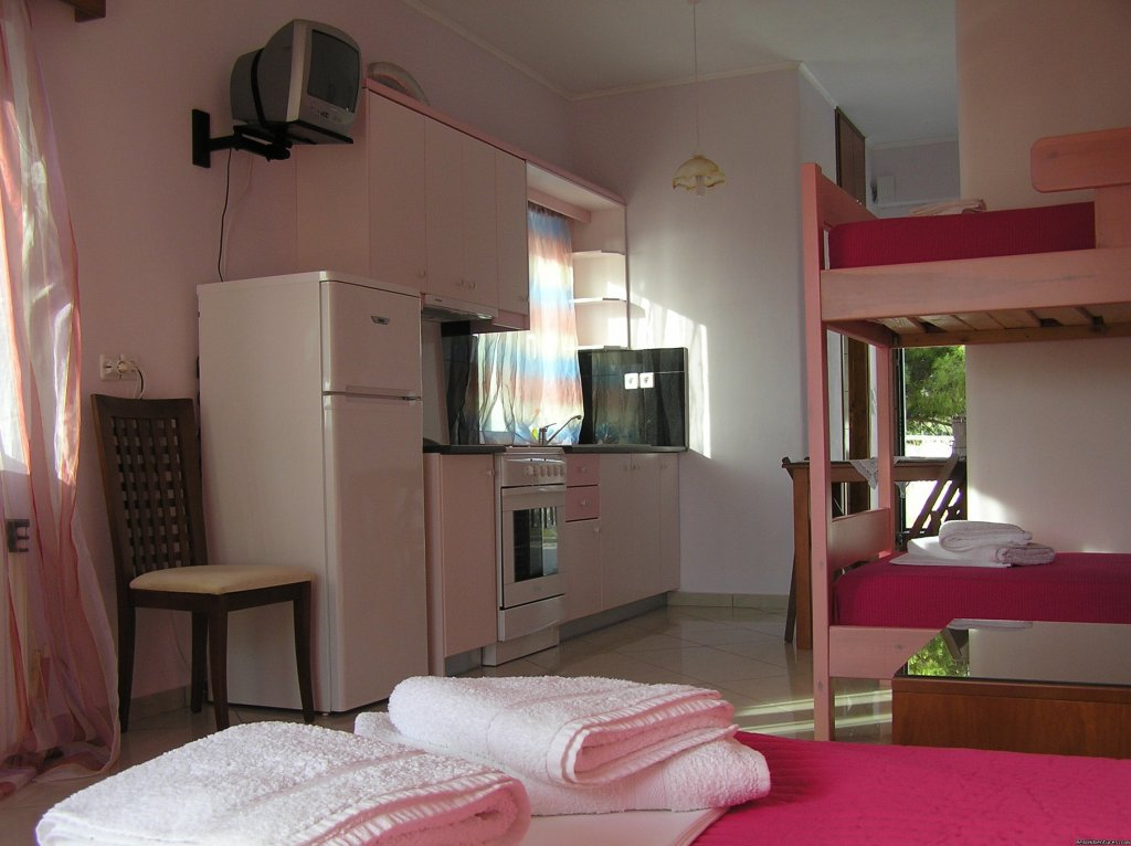 Hera Apartment | Image #16/24 | Best Western Irida Resort Kyparissia Peloponnes