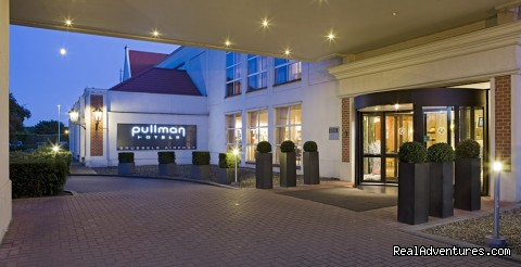 Discover Pullman Brussels Airport
