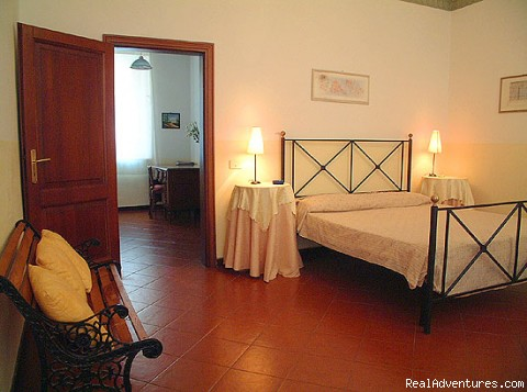 Second double bedroom - Charming apartments in the historic centre of Rome