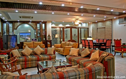 New Delhi B&B: New Delhi B AND B LOUNGE