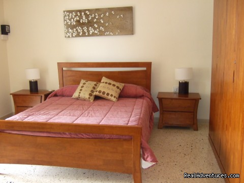 - Fantastic Villa/Apartments w.Pool/Air Cond-Malta