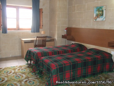 Twin sharing room . - Budget Getaway  at Sliema Homestay Malta