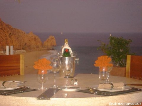 Dining in one Pedregal´s Villlas - Chef , butler and Transportation services in Cabo