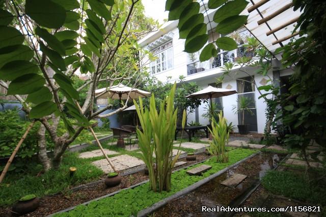 Garden (#8 of 10) - Frangipani Villa-90s Hotel