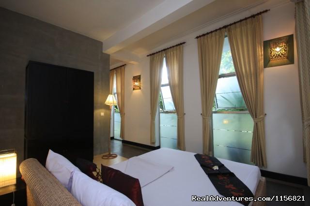Suite - Frangipani Villa-90s Hotel