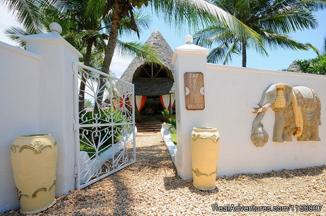 Taj Riviera - Romantic Kenya in Villa comfort and luxury