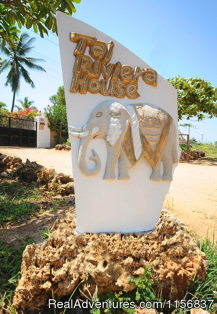 Entrance - Romantic Kenya in Villa comfort and luxury