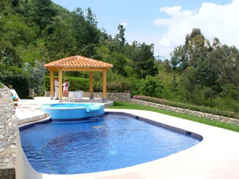- Romantic Casita with Private Pool and Jacuzzi