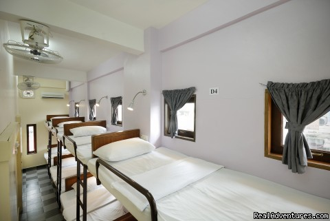 Dormitory - Classic Inn Budget Hotel in Golden Triangle