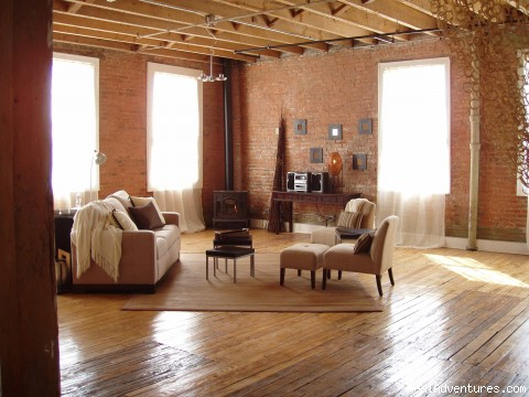 Apartment 4C-D, 4 Bedroom Loft - Fully Furnished Landmark Lofts With Internet&cable