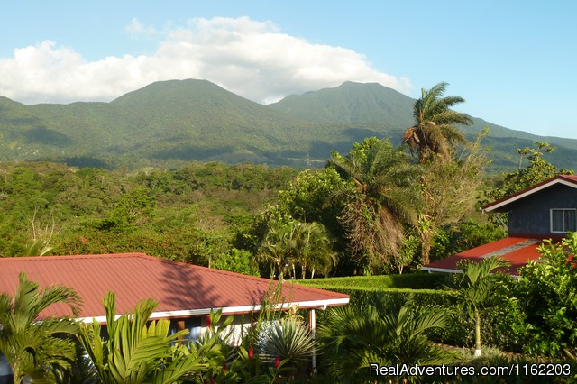 Sueno Celeste, your B&B close to Rio Celeste: View on Volcano Tenorio