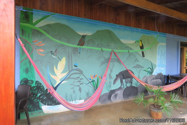 Queen Room Wall Paint - Sueno Celeste, your B&B close to Rio Celeste