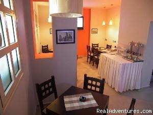 City Hotel Tirana: