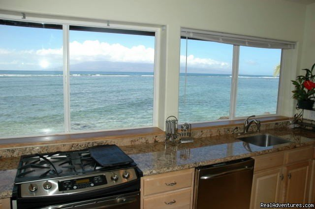 Ocean Views | Image #4/8 | Ocean Front Lahaina Sunset Home!