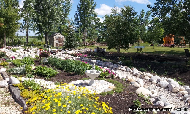 Gardens and Park - Arrowhead RV Park
