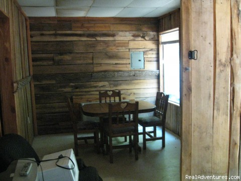- 20x24 Rustic cabin on lake hartwell SC
